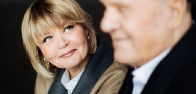 Меньшова рассказала, как Алентова находит силы пережить смерть супруга