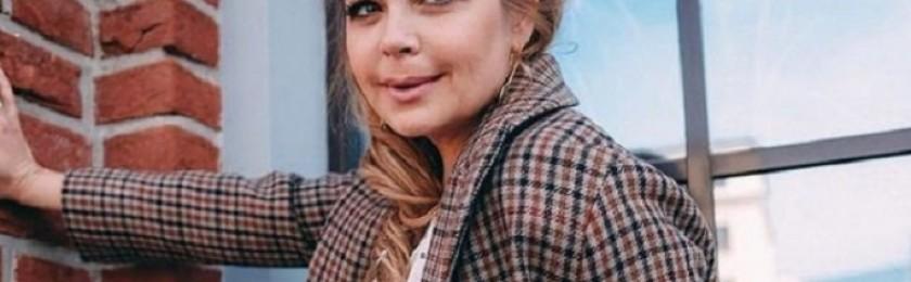 Похудевшая Ирина Пегова восхитила подписчиков осенним образом