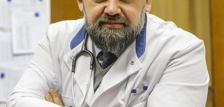 Главврач больницы в Коммунарке Денис Проценко похвалил лечащих МакSим докторов