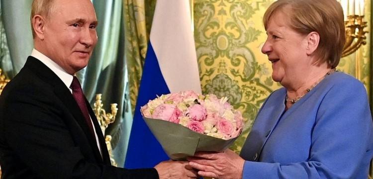 Немецкие СМИ умолчали о главных темах разговора Путина и Меркель