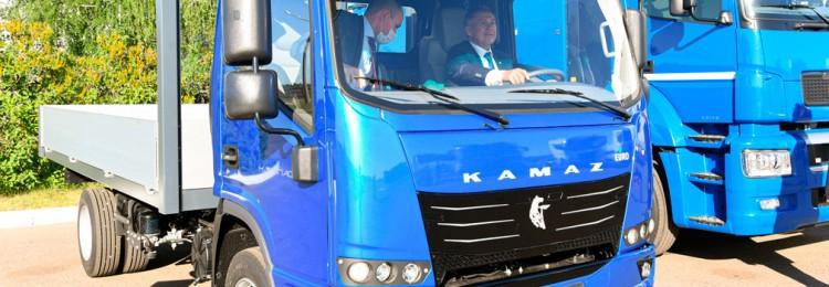 КАМАЗ «рассекретил» легкий грузовик «Компас» — конкурента «ГАЗели-NN» и «Валдая-Next»
