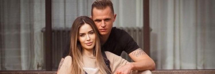Беременная жена футболиста Дмитрия Тарасова посетовала на свою трудную судьбу