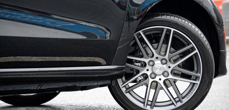 Автоэксперт Сергей Удалов спрогнозировал цены на новые машины
