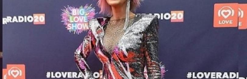 Наталья Ветлицкая отменила концерты в России из-за отказа от вакцинации